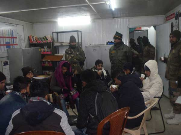 Tourists rescued from Sikkim snow