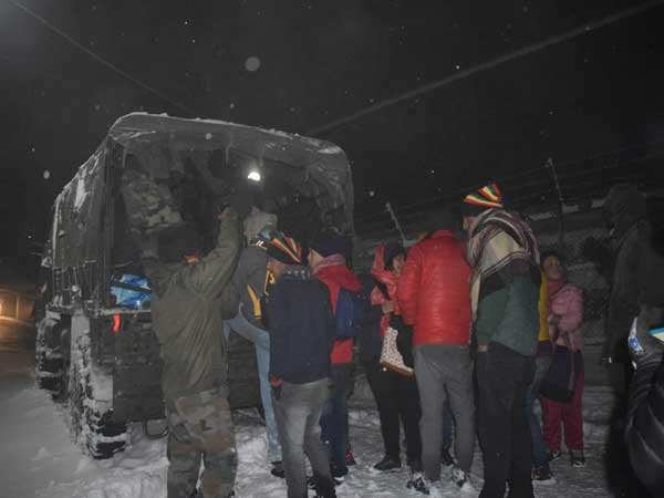 Army had earlier evacuated over 3,000 stranded tourists from Nathula area: