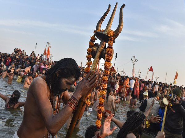 How are Kumbh dates determined