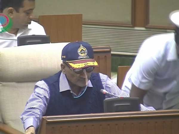 Never spoke to Rahul on Rafale: Manohar Parrikar