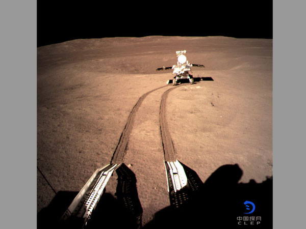 Chinese rover begins exploring far side of the moon, leaves first-ever 'footprint'