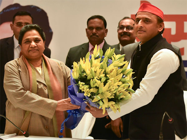 BSP supremo Mayawati and Samajwadi Party chief Akhilesh Yadav