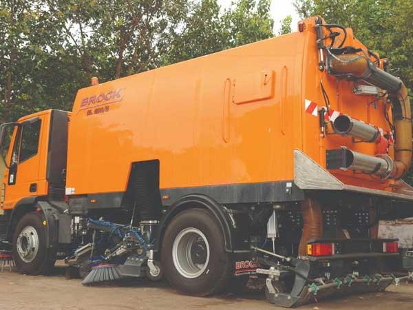 Mechanical sweeping begins at Noida