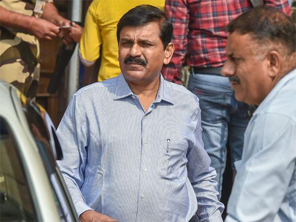 [SC seeks personal appearance of former interim CBI director M Nageswara Rao]