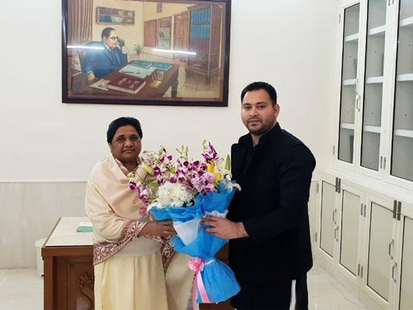 Tejashwi Yadav meets Mayawati, predicts BJP's 'whitewash' in UP, Bihar