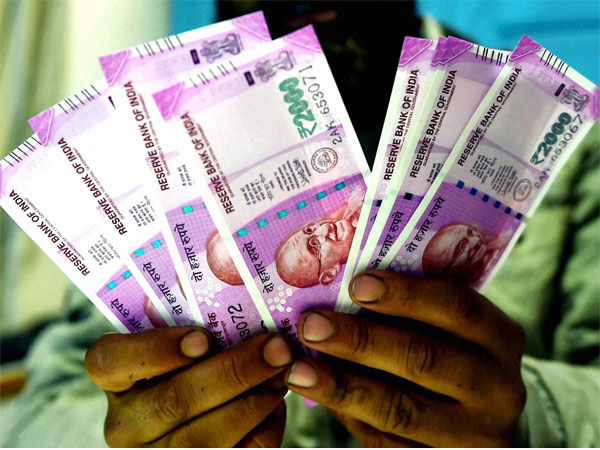 Govt stops printing new Rs 2,000 notes: Report