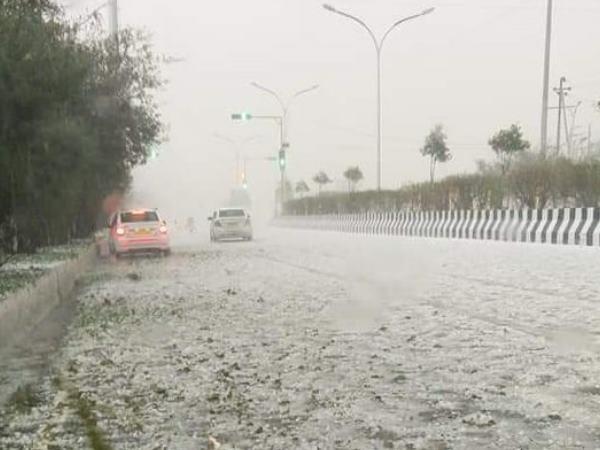 Heavy rain, hailstorm hits Delhi-NCR, 32 flights diverted from IGI Airport