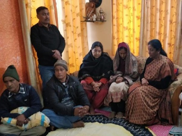 Defence Minister Nirmala Sitharaman meets bereaved family of late Squadron Leader Samir Abrol. Courtesy: ANI news
