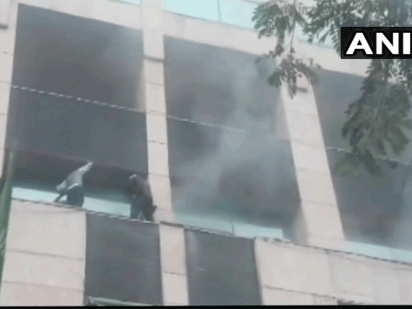 Massive fire breaks out at Metro Hospital in Noida, doused now; No casualties