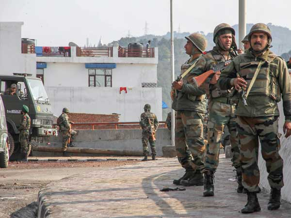 Security for Kashmiri separatists: Home secy begins assessment