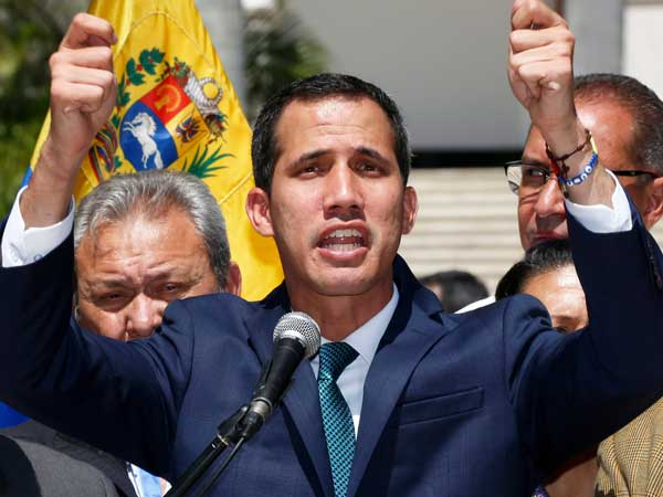 Venezuela: Canada govt backs Juan Guaido but its biggest labour union supports Maduro