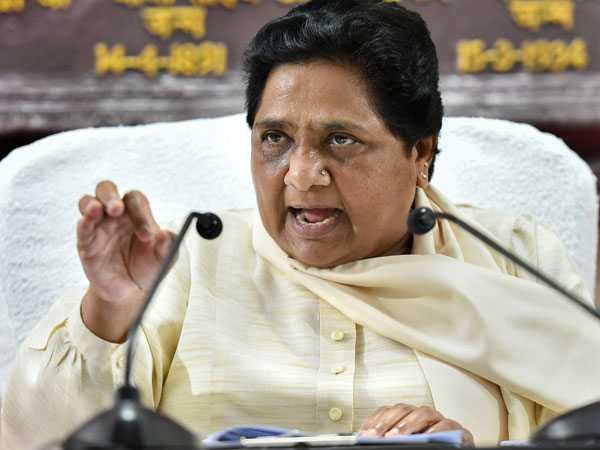 Portraying Modi as India is an insult: Mayawati