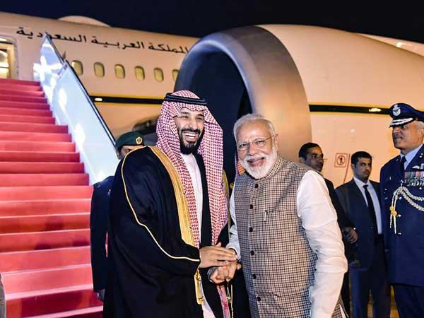 Saudi Prince Salman meets Modi; Congress slams PM for 'protocol-breaking' welcome