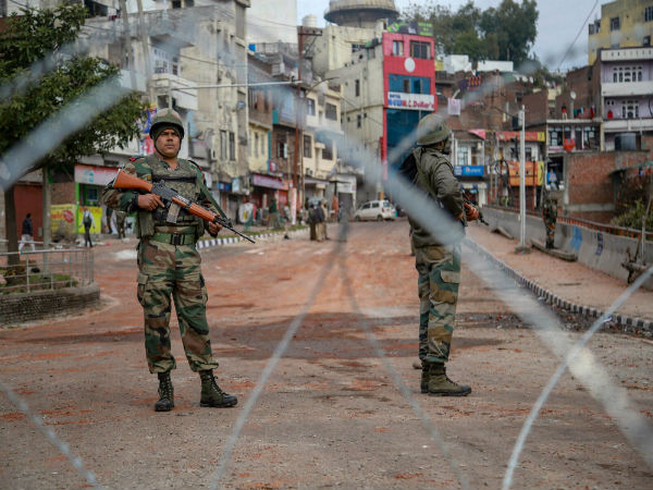 Leaves of CRPF jawans in combat zones likely to be increased