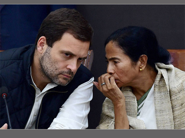 After Rahul Gandhi supports Mamata against Modi, Bengal Congress rallies against chit fund scam