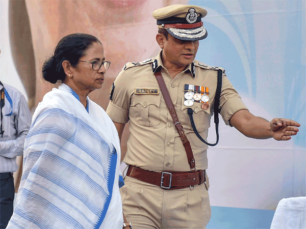 West Bengal Chief Minister Mamata Banerjee with Kolkata Police commissioner Rajeev Kumar
