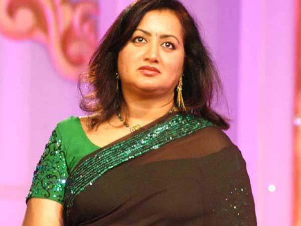 Pulwama attack: Sumalatha Ambareesh offers half acre land to martyr's family