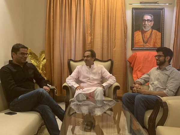 [Prashant Kishor meets Uddhav Thackeray, Shiv Sena calls it courtesy meeting]