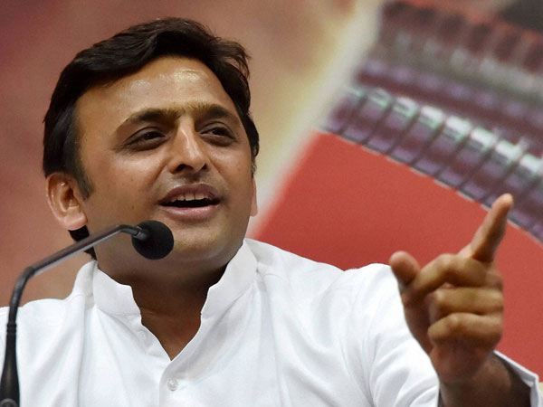 'Smiling BJP politicians' attend Pulwama martyrs' funeral: Akhilesh Yadav