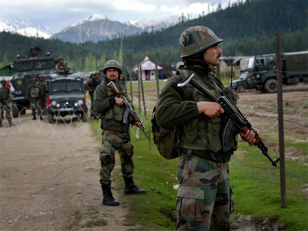 Hizbul, Lashkar had taken over cross LoC trade: MHA