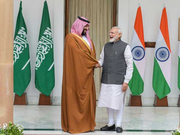 Saudi Prince Salman meets Modi; Congress slams PM for 'protocol-breaking' welcome