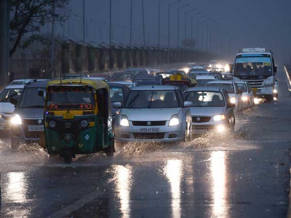 Weather forecast for February 21: Rain, thunderstorm to continue in Delhi in the next 24 hours