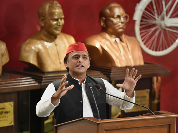 Will ensure removal of Chowkidars from all the Chowkis, says Akhilesh Yadav