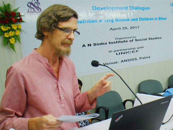 Economist Jean Dreze released after being detained for 2 hours in Jharkhand