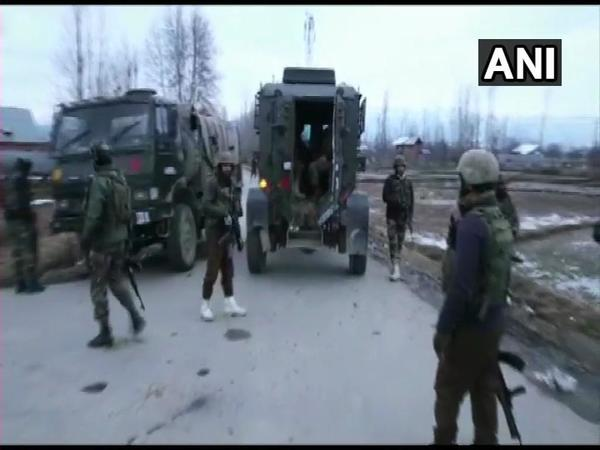 Encounter underway in Handwara (Image courtesy - ANI/Twitter)