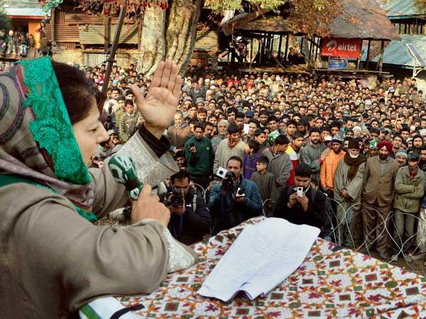 Lok Sabha elections 2019: The political heat in Kashmir begins