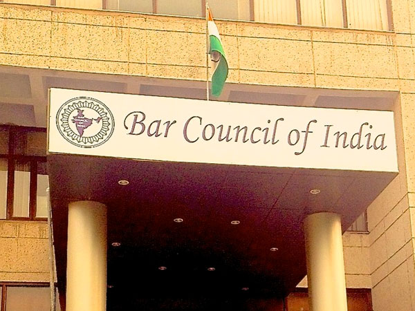 Bar stands by CJI after lady alleges sexual misconduct