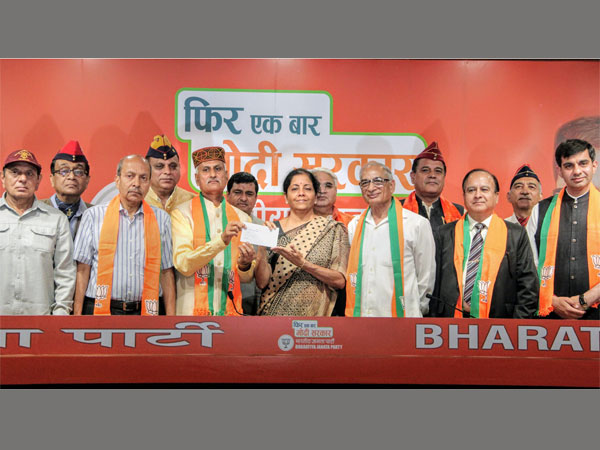 Seven veteran officers join Bharatiya Janata Party (BJP) in presence of Defence Minister Nirmala Sitharaman, in New Delhi, Saturday, April 27, 2019. Lt Gen JBS Yadav, Lt Gen R N Singh, Lt Gen SK Patyal, Lt Gen Sunit Kumar, Lt Gen Nitin Kohli, Colonel RK Tripathi, WG Cdr Navneet Magon joined the party at the BJP HQ.