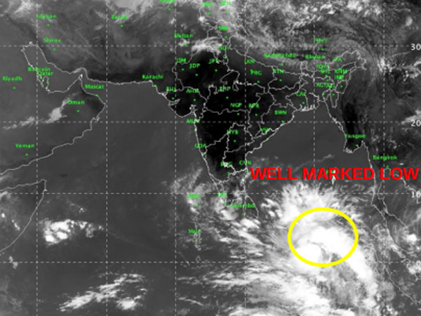 Cyclone Fani draws closer, likely to hit coastal Andhra soon; red alert for Kerala, TN