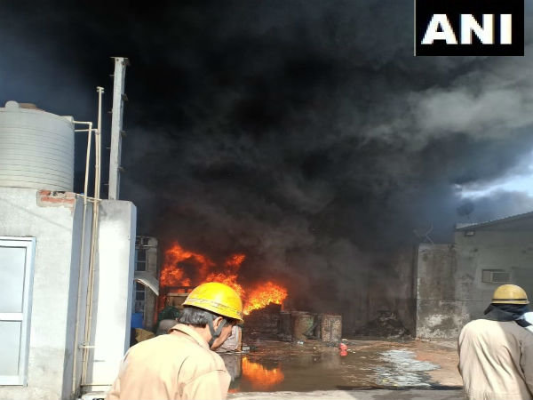 Delhi: Fire breaks out at rubber godown in Siraspur, 26 fire tenders at spot