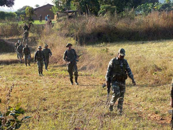 Two police personnel martyred by naxals