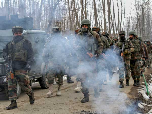 J&K: Pakistan violates ceasefire in Nowshera sector of Rajouri district