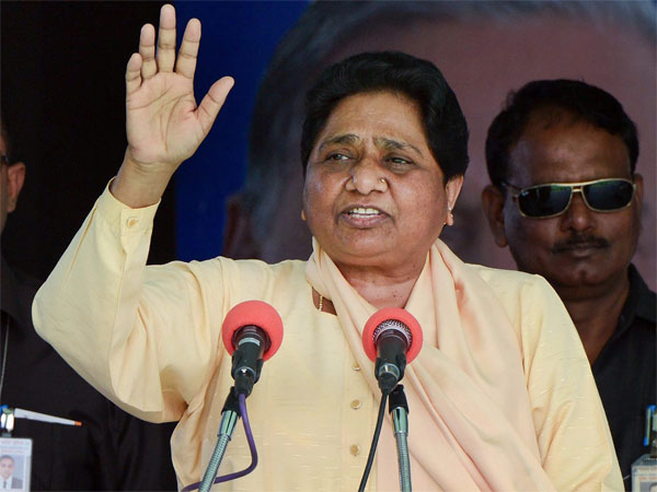 Don't fall prey to 'allurements' of BJP, Congress: Mayawati