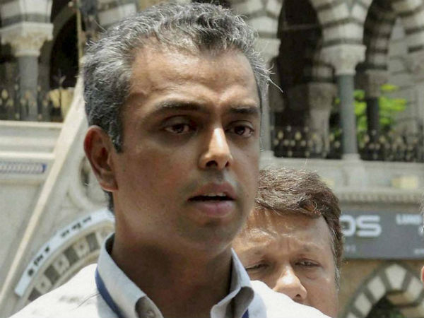 FIR registered against Congress's Milind Deora for allegedly violating poll code