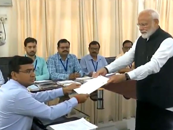 PM Modi submitting nomination papers