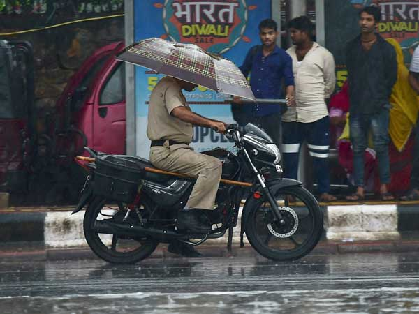 Weather Forecast April 17: Light to moderate rains likely in Delhi-NCR