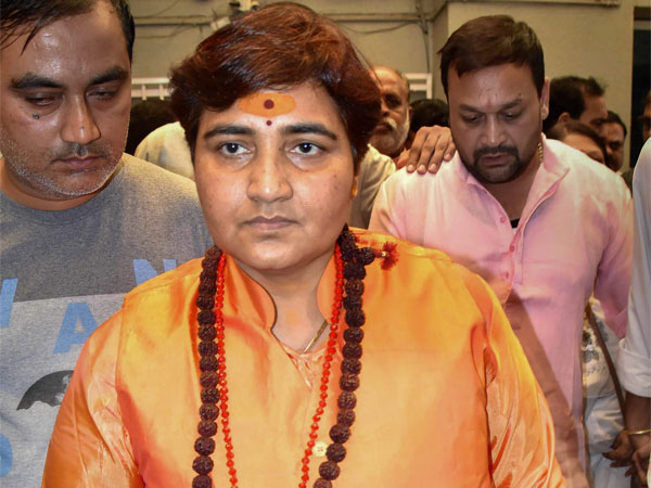 BJP eyes benefit of Pragya Thakur on many seats, Congress concerned