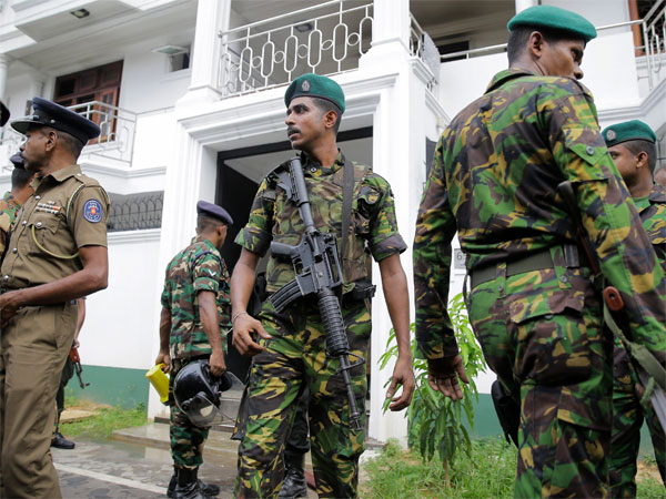 Colombo bombings: Police defuse improvised bomb near airport
