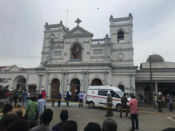 A week after Easter Bombings, Churches fall silent, Sri Lankans hear mass on TV