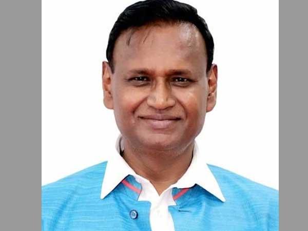 Sitting BJP MP Udit Raj threatens to quit BJP