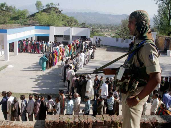 J&K voter seeks better employment opportunity, unhappy with handling of terror