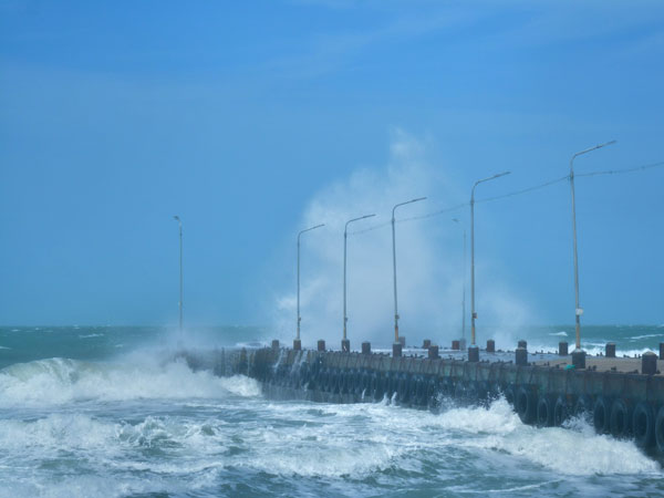 Cyclonic storm along with heavy rains in the offing over Tamil Nadu, Puducherry by April 29