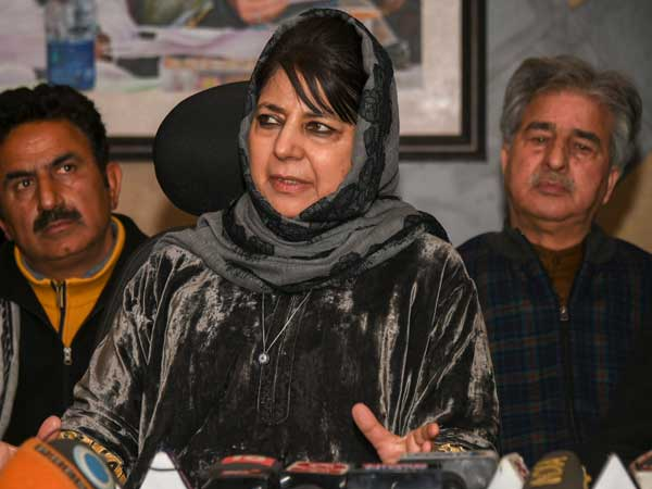 Mehbooba links Kashmir's relationship with India on basis of Article 370