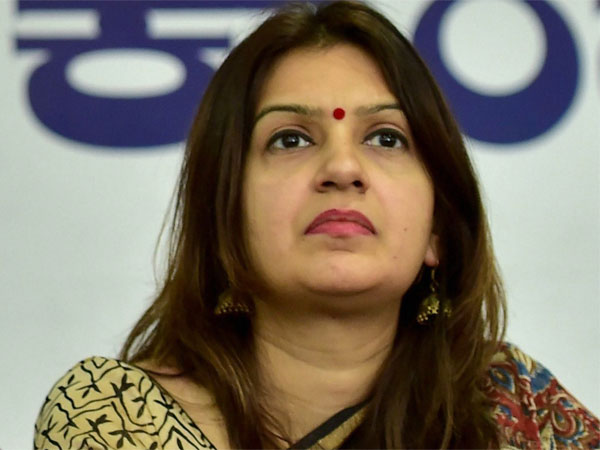 After lashing out at Congress, Priyanka Chaturvedi quits party