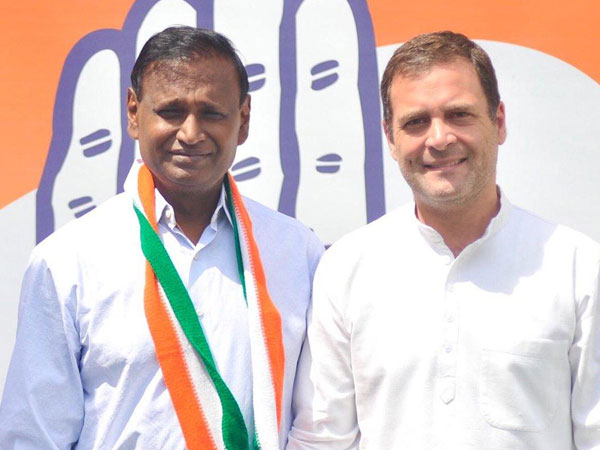 After joining Congress, Udit Raj calls BJP 'Anti-dalit'