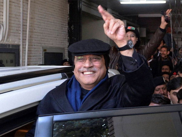 Asif Ali Zardari gets interim bail in corruption case